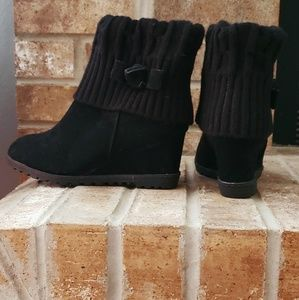 Knit wedge ankle boots *worn once